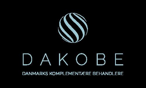 Lasse-Holfort-Dakobe-Logo-Lodret-Web-Download